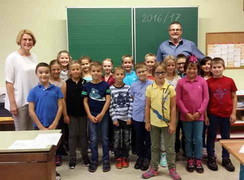 3./4.Schst. zu Schulbeginn - mit Assistenzlehrer Gerhard Kappacher