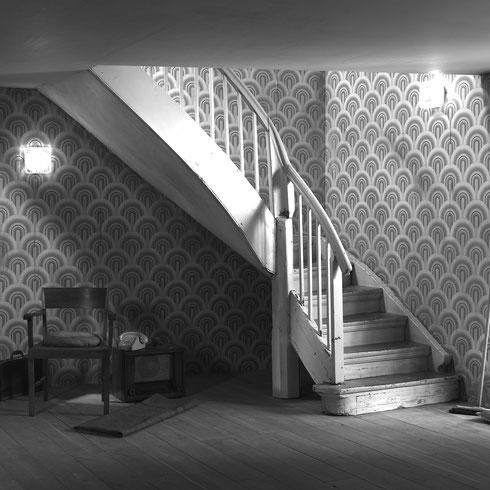 Vorher: alte Treppe renovierungsbedürftig, Treppe vor der Renovierung