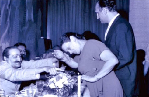 1956 : Delmonico Hotel. Dr Kenmore is next to Carrie.