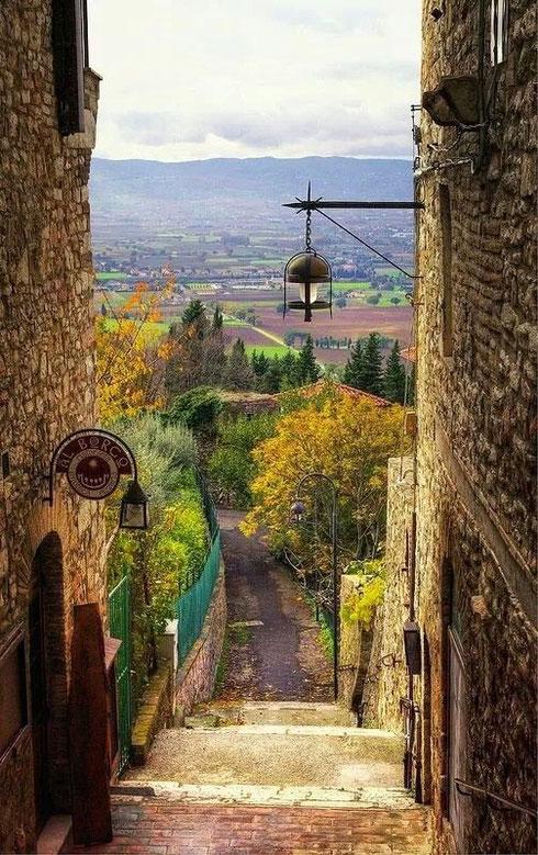 Lanterns, Assisi