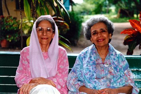Meherazad ; Roda Mistry  (Lt) & Arnavaz Dadachanji (R)