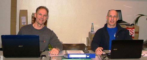 Berend Breitenstein (GNBF e.V.-Gründer) und Martin W. Ohlerich (GNBF e.V.- Generalsekretär)  kurz vor Beginn des Einschreibens der Athleten