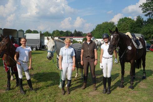 Hannah, Theresa, Annett und Esther (v.l.) - ein tolles Team