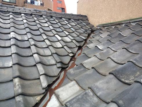 積雪による漏水 本瓦屋根の場合