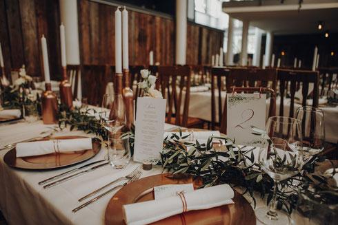 Tischdecken ausleihen leihen weiß eukalyptus