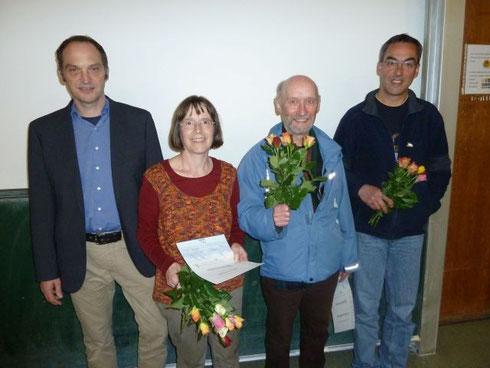 v.l.: 1. Vors. Dirk Niethammer, Barbara Strauß, Odwin Hoffrichter, Helmut Bliklen