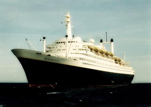 SS Rembrand > varend voor 'Premier Cruises'