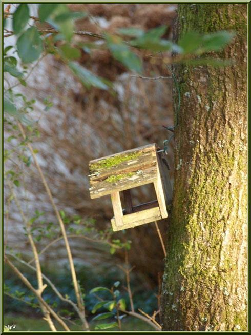 Maison pour les oiseaux au Parc de la Chêneraie à Gujan-Mestras (Bassin d'Arcachon)