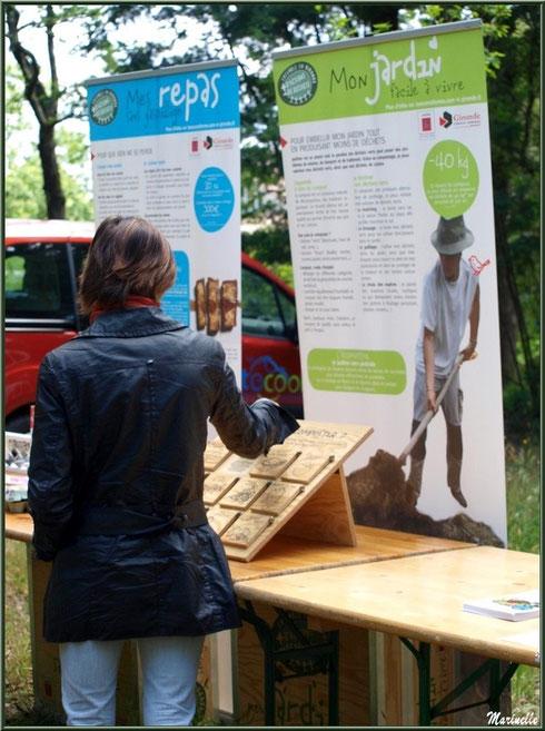 Atelier tri sélectif à la Fête de la Nature 2013 au Parc de la Chêneraie à Gujan-Mestras (Bassin d'Arcachon)