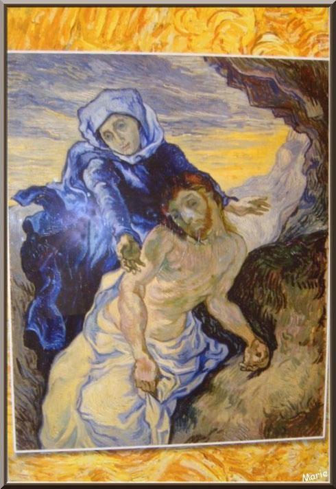 """Tableau """"La Pieta"""" (copie E Delacroix) 1889  de Van Gogh dans le jardin du monastère de Saint Paul de Mausole à Saint Rémy de Provence (Alpilles - 13)"""