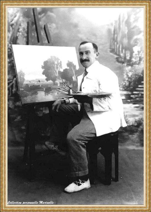Gabriel Courexou (de Saint Cyr, de son vrai nom) qui fut l'artiste qui exécuta toutes les peintures mauresques tant de la Villa Algérienne que la Chapelle, village de L'Herbe (Bassin d'Arcachon)