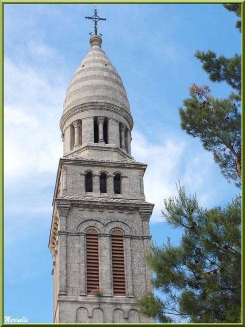 Chapelle Notre Dame de Beauregard, village d'Orgon, entre Alpilles et Lubéron (13) : le clocher