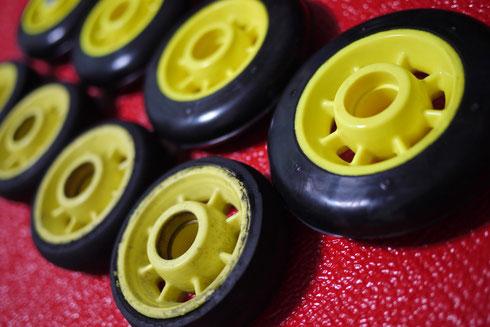 スケーティングのローラースキータイヤ