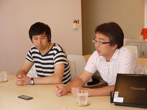 設計に携わった建築家の畑克敏さん(左)と株式会社コスモスモアの高田さん(右)
