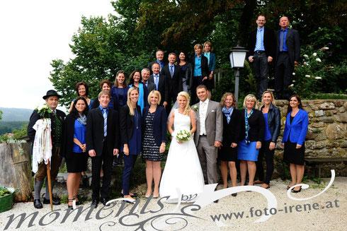 Wir gratulieren unserer Sopranistin recht herzlich zur Hochzeit :) August 2014