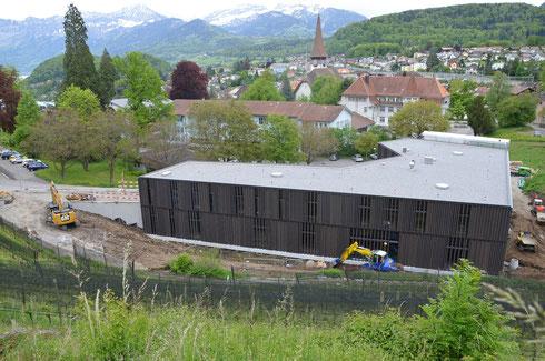 12. Mai 2014 – Umgebungsarbeiten sind in vollem Gang