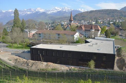 17. April 2014 – Das Gerüst ist abgebaut, bis auf eine Seite