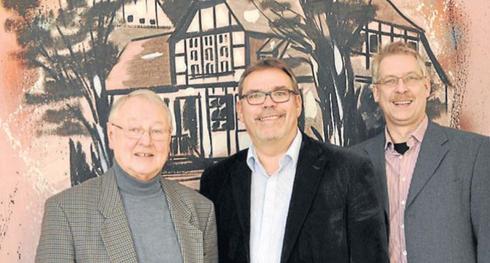 Ziehen Halbzeitbilanz (von links) Jürgen Gronemeier, Martin Lohrie, Guido Ronsiek