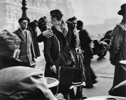 Le Baiser de l'Hôtel de Ville, Parigi 1950