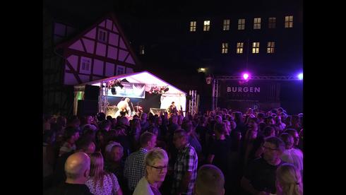BBC ROCK rockt das Trachtenfest in Schlitz