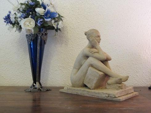 sculpture argile nus feminins,sculpture femme enceinte,sculpture femme assise,sculpture femme nue allongée sculpture nu artistique,sculpture nu féminin,sculptures couples,sculptures érotiques.