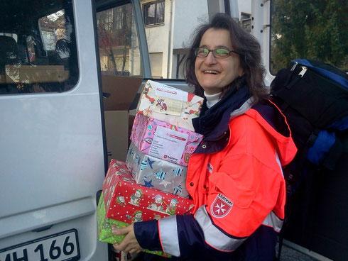 Dr. Dörner ehrenamtlich auf Reisen: Kinderpäckchen für Bosnien