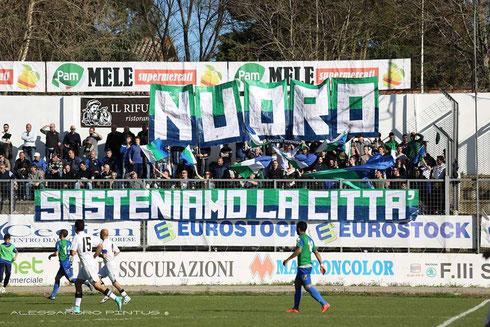 Tifo Calcio Stadion Ultras Fans Nuoro