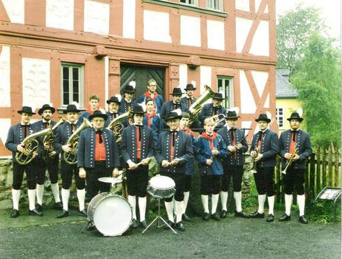 """Die """"Oellinger Blasmusikanten"""" nach der Vereinsgründung"""
