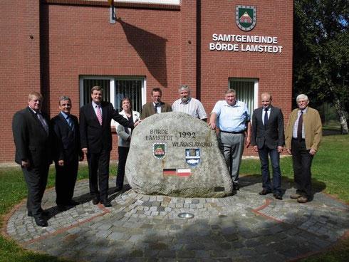 Enak Ferlemann mit Vertretern der Samtgemeinde Börde Lamstedt