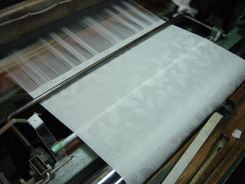 ちりめん製造(織機)