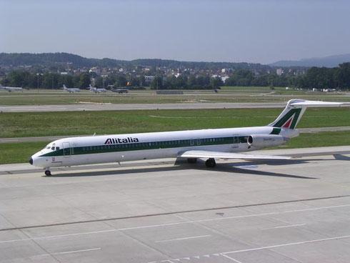 Eine MD-82 im Zürich!/Courtesy: Lukas Vetter