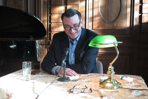 Nicolo Kramer bei einer seiner Lesungen (Foto: Pomarius)