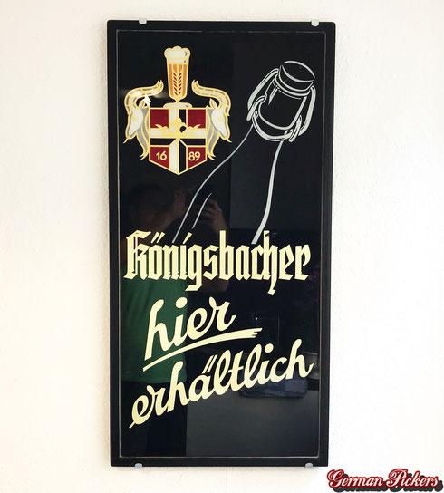 Königsbacher Brauerei Koblenz - hier erhältlich  Glasschild / Hinterglasschild  Deutschland um 1920 - 1950  ca 50 x 120 cm -  Königsbacher Brewery - glass sign  Germany 1940`s