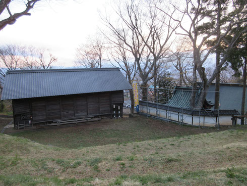 歌舞伎舞台と日吉神社