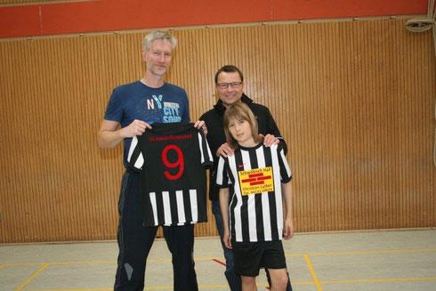 Sponsor der Trikots für die männliche E- und D-Jugend - Schwäbisch Hall AG Christian Luther