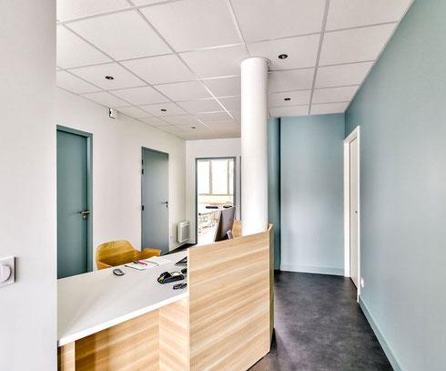 photo banque d'accueil - aménagement cabinet médical