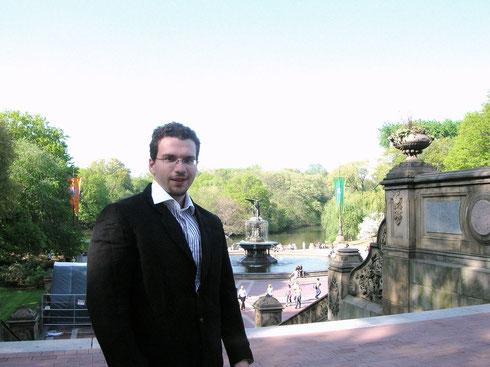 Anthony Brochetelli, Author