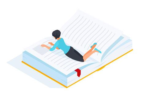 Eine Frau liegt in einem Buch und liest darin.