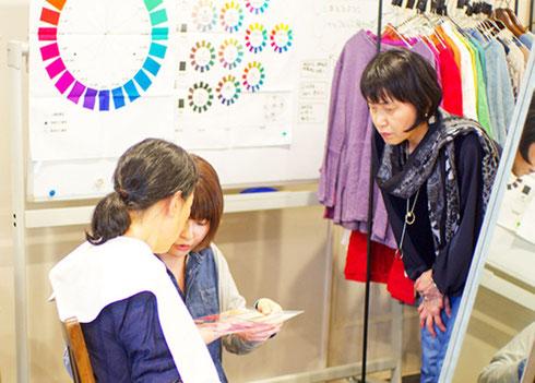 東京 ㈱ティアラ様でのパーソナルカラー診断セミナー(2018年3月)