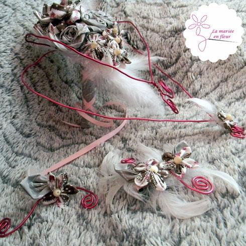 Accessoires de mariée originaux et intemporels réalisés avec des fleurs en tissus et des plumes