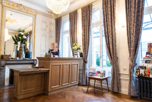 Hôtel Marotte, 5 stars, boutique hotel, luxury hotel, hotel cosy & chic, hotel in the city centre of Amiens, hall, reception, discreet luxury