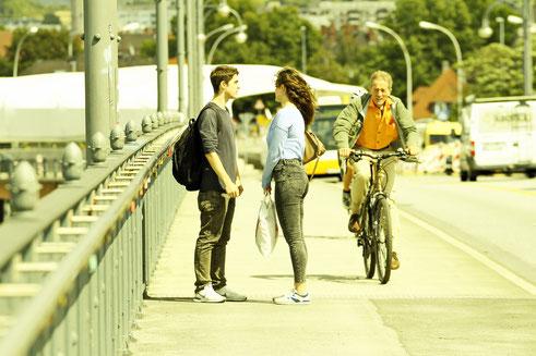Das erste Foto - auf der Theodor Heuß-Brücke