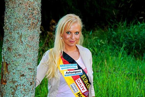 Miss Hochwald Elena Detterer