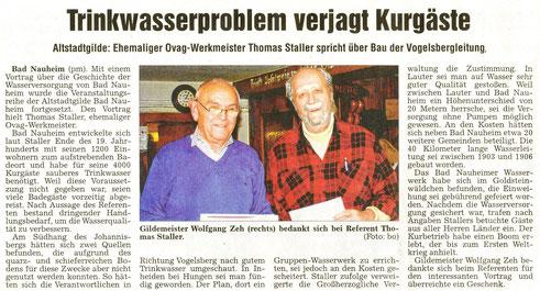 Referent Thomas Staller über die Trinkwasserversorgung, Foto: Eberhard Bogdoll (Bo), WZ 22.10.2013