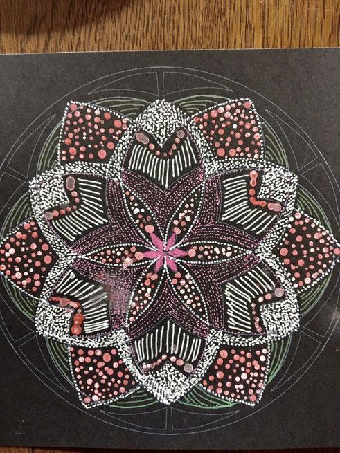 点描曼荼羅の作品