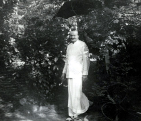 1952 : Meher Baba at the Meher Spiritual Center, Myrtle Beach, SC.