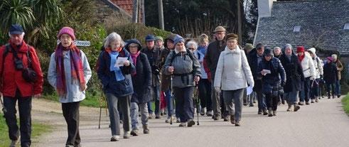 La procession des marcheurs
