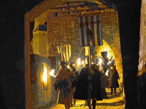 descente au flambeau dans la cité de carcassonne