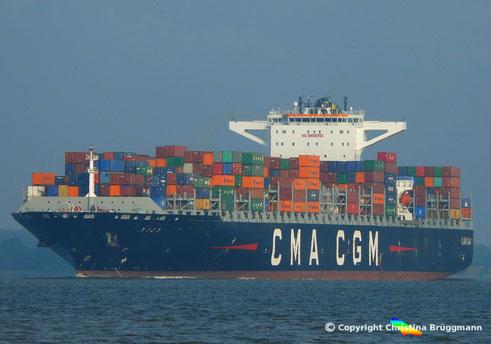 CMA CGM MUMBAI auf der Elbe zum Erstanlauf von Hamburg, 18.07.2017