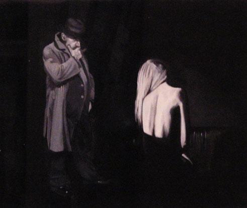 Il divano nero (2010) - olio su legno, cm (32 x 26,5)